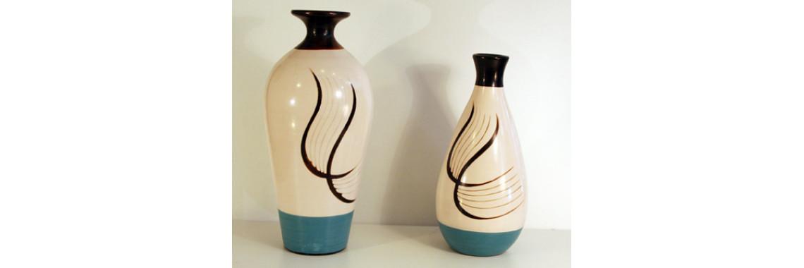 Chulucana vases